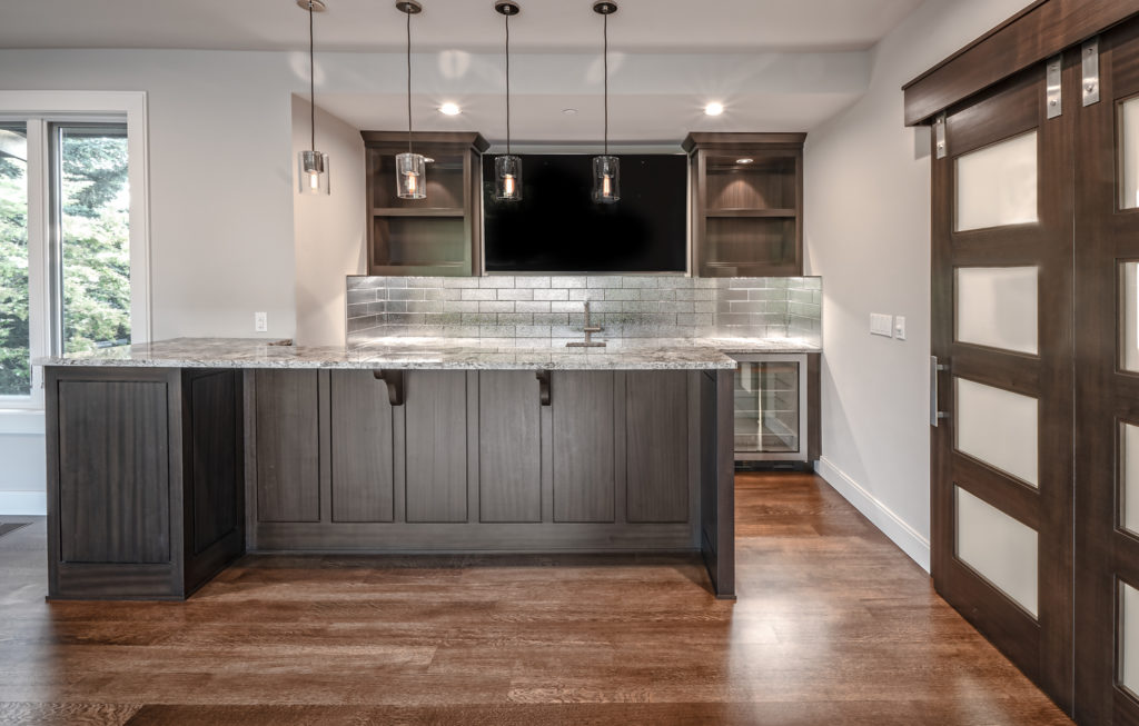 Medina Heights Custom Home Bar