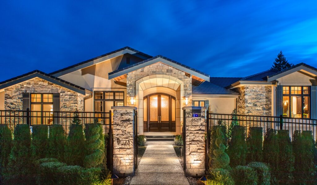 front entry design clyde hill