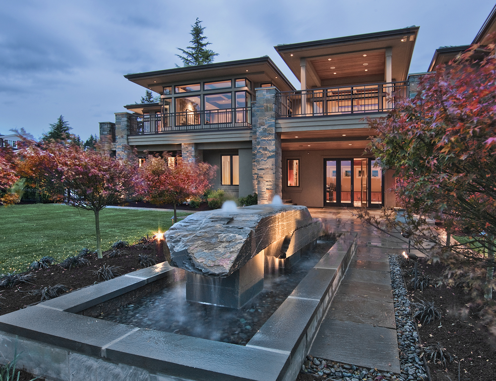 Custom Home Water Features